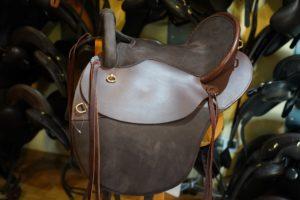 Startrekk Comfort Western - Vielseitigkeitssattel mit Fendern